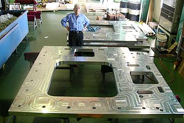 液晶製造装置